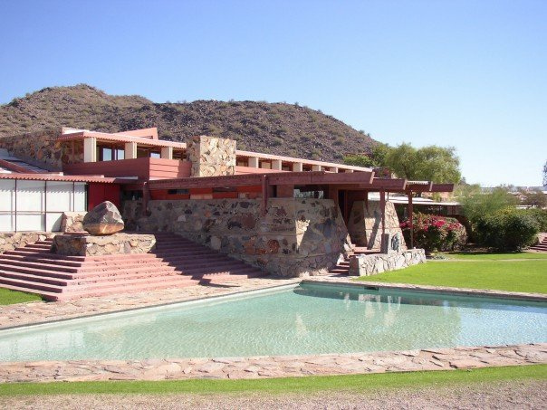 Visiting frank lloyd wright taliesin west scottsdale arizona for Frank lloyd wright oklahoma